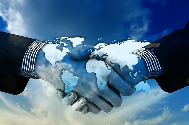 Shaking-Hands-Continents-Hands-Policy-Shake-1445472